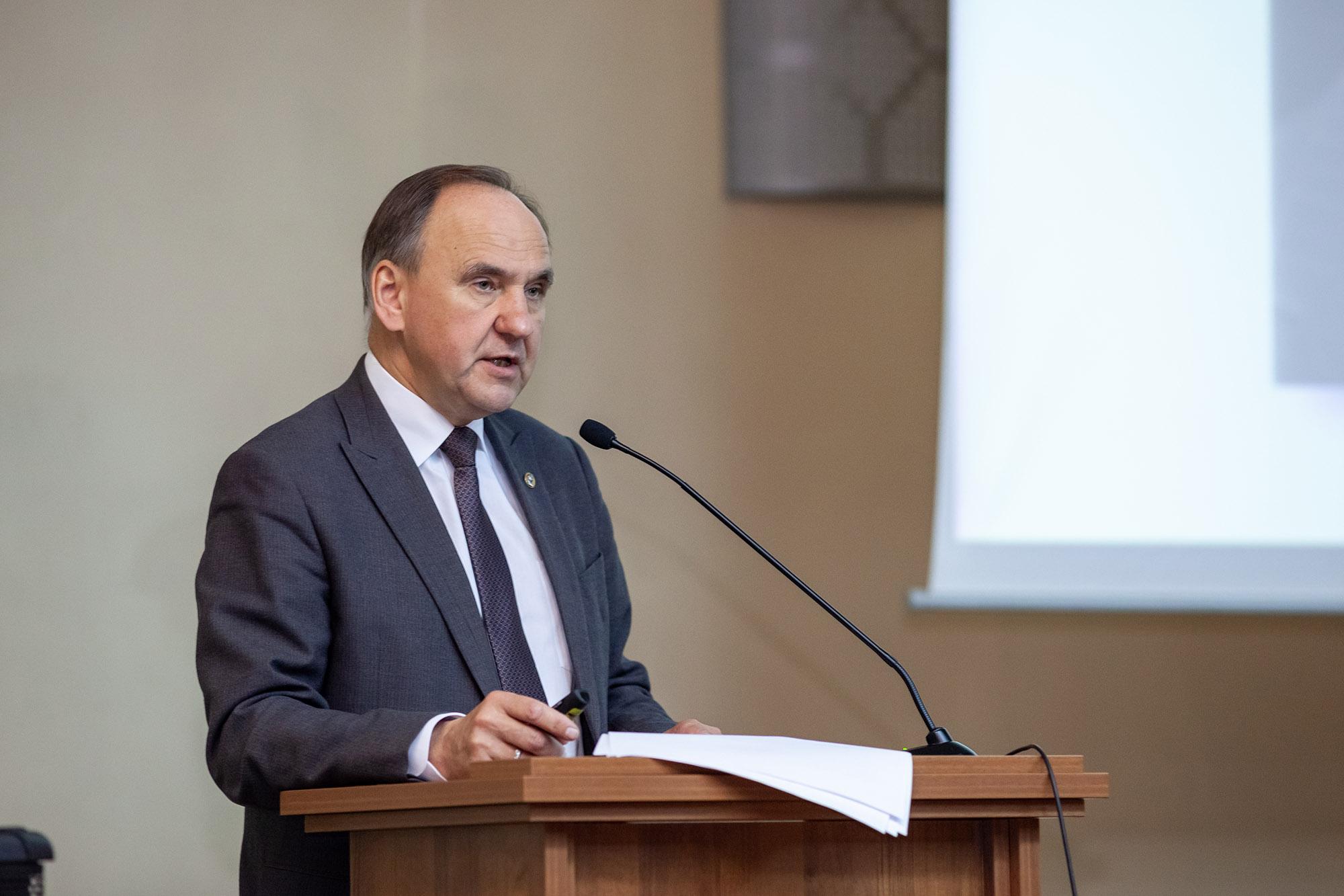 Академик РАН Игорь Вячеславович Бычков
